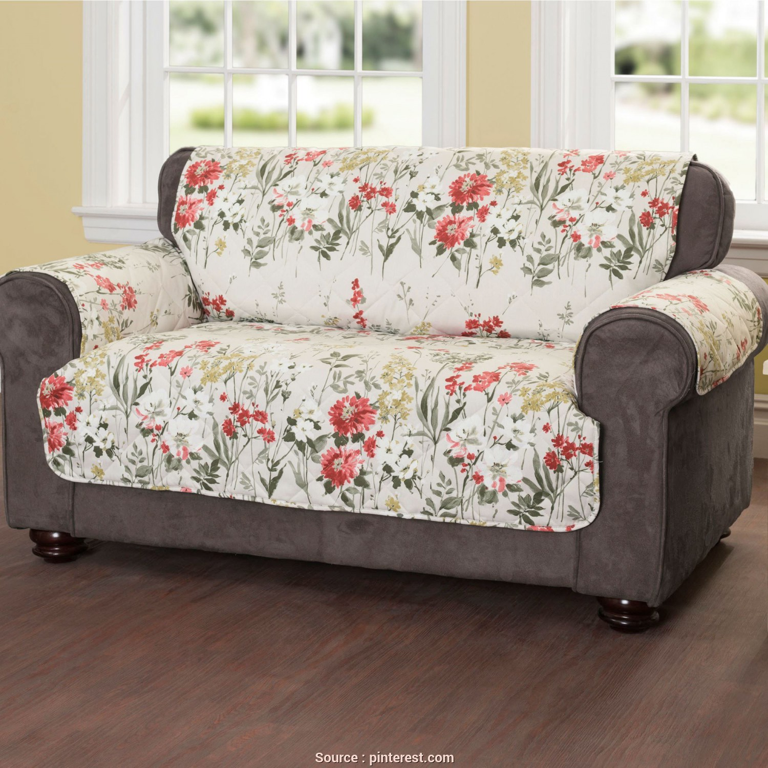 Copridivano Sofa Saver, Amabile Floral Meadow Quilted Furniture Protectors, Living Room