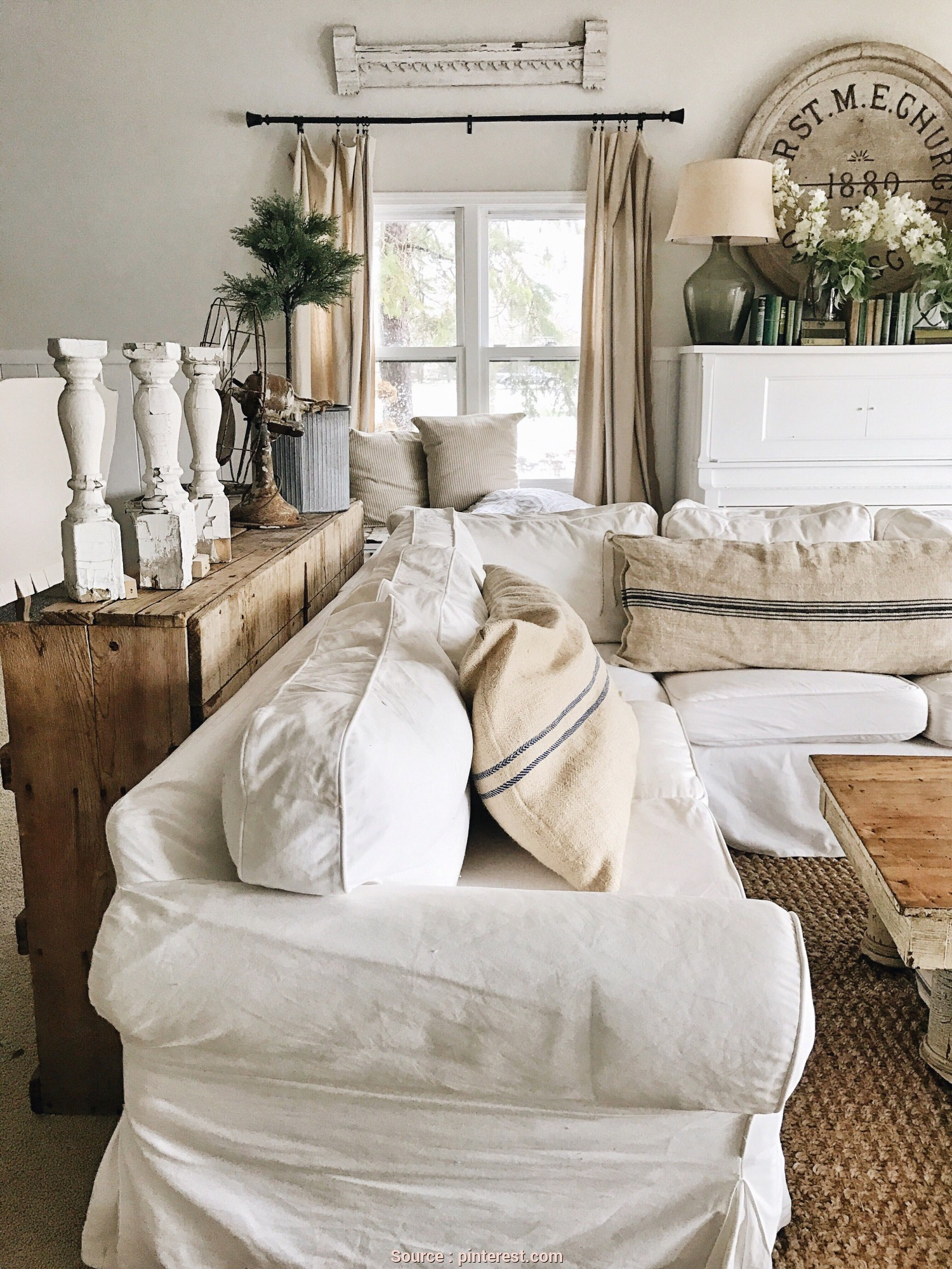 Divano Country Ikea, Locale Farmhouse Decor From Ikea, Blogger Home Projects We Love