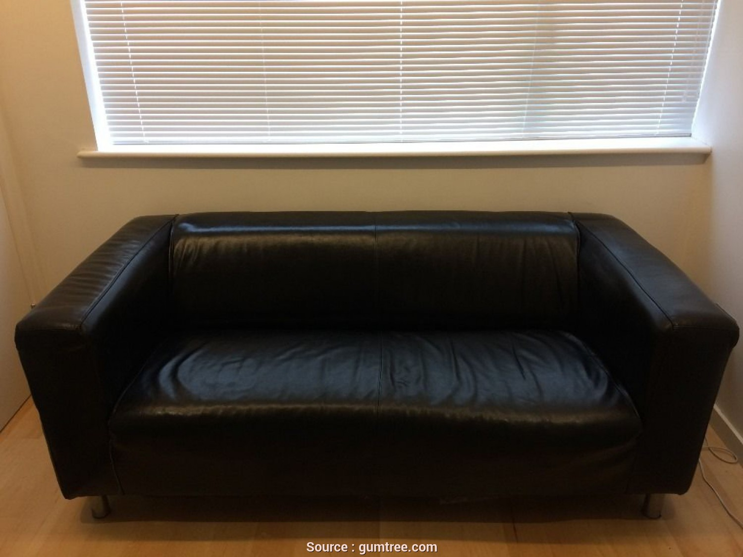 Minimalista 4 Ikea Klippan Black Leather Sofa