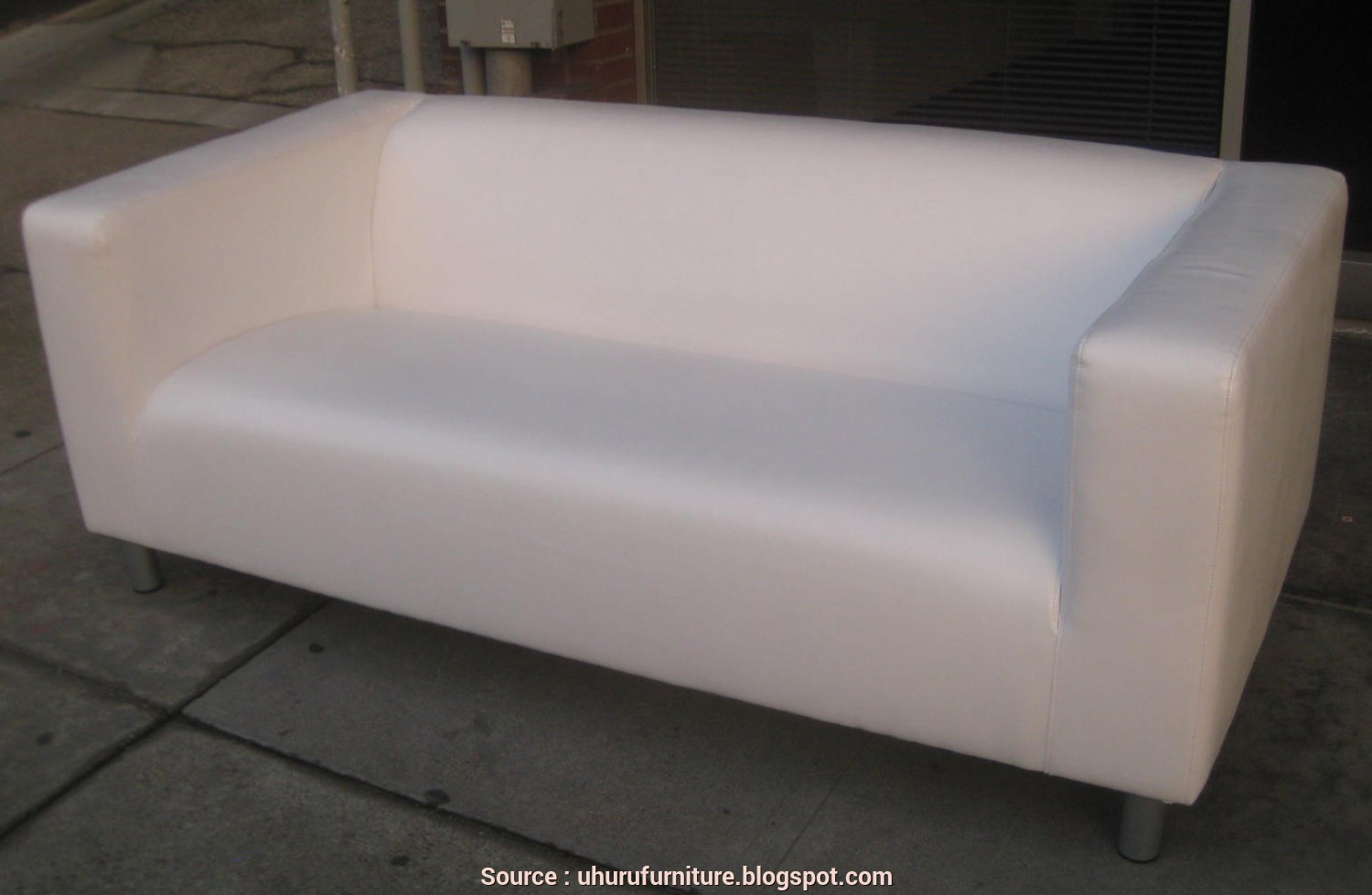 Ikea Klippan White, Stupefacente UHURU FURNITURE & COLLECTIBLES: SOLD, Ikea Klippan White Leather