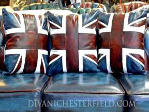 Divano Bandiera Inglese, Ideale Leather Cushions, Pillow Multicolour Chesterfield Harlequin