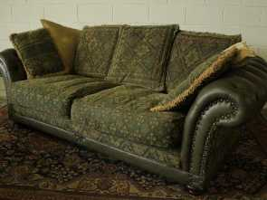 Divano Chesterfield Online, Elegante Chesterfield Sofa Club 3 Seats In Original Green Leather Made In