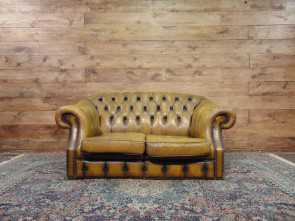 Divano Chesterfield Senape, Superiore Divano Chesterfield 2 Posti Originale Inglese Vintage In Vera Pelle Color Senape