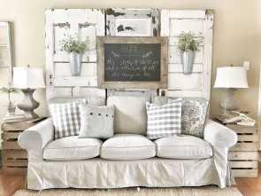 Divano Shabby Chic Ikea, A Buon Mercato Farmhouse Living Room! IKEA Couches With Chippy Doors. IG