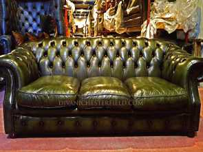 divano vintage chesterfield ... Divani Chesterfield Vintage In Pelle Avec Divano Chesterfield Originale Vintage Pelle Verde Et Divani Chesterfield Originali Deale 4 Divano Vintage Chesterfield