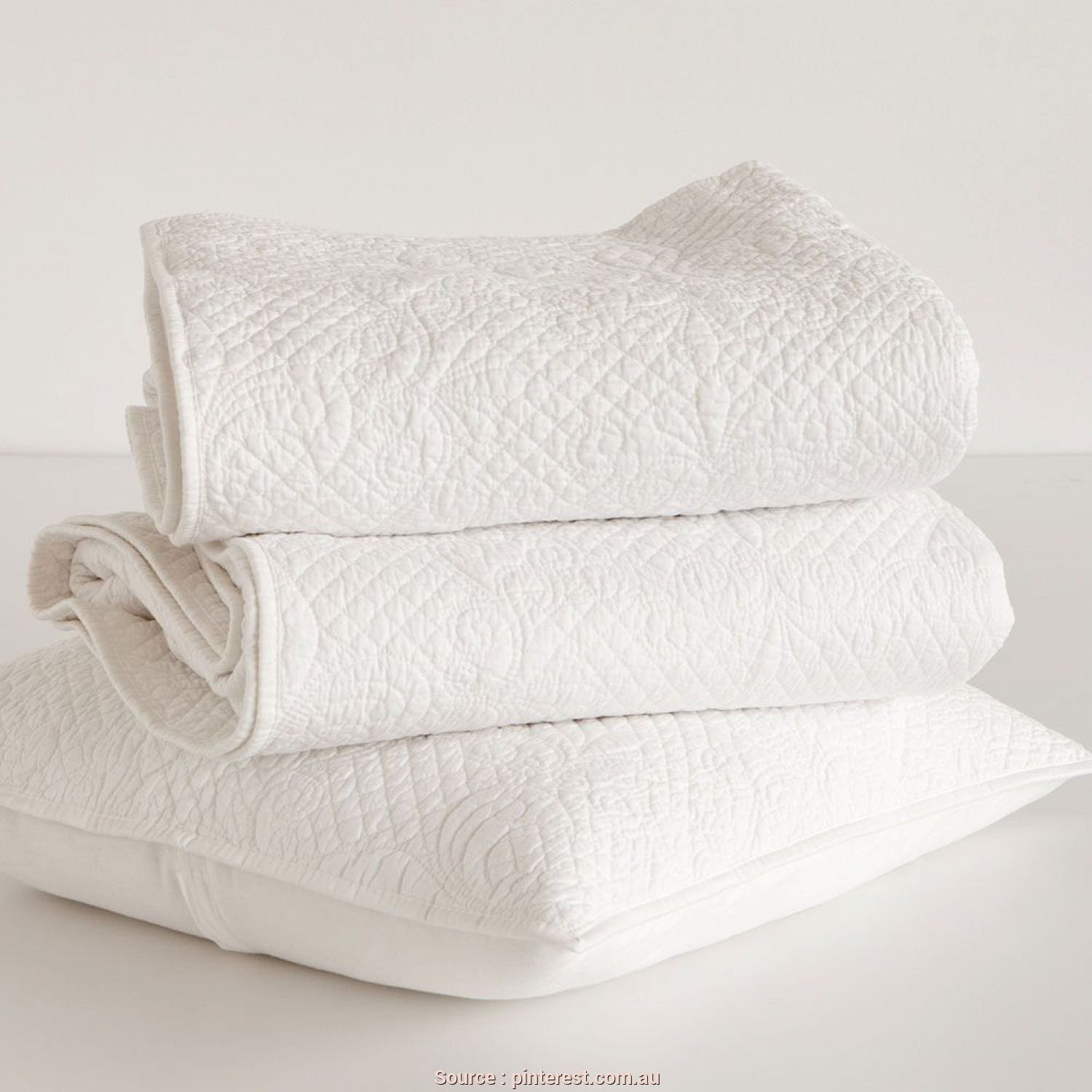 Cuscino Emmie Rund Ikea, A Buon Mercato Raised Damask Design Decorative Quilt, Cushion Cover, ZARA HOME Deutschland