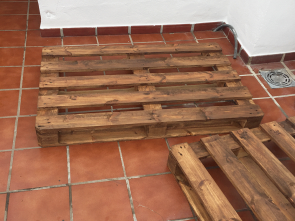Pallet 120X80 Leroy Merlin, Delizioso Somehow I Always Feel That Dark Brown Colours Make, Wood Look More Refined, Expensive (Even If It Is A Pallet)